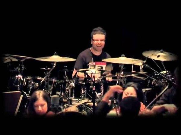 Pogledajte bubnjar svira bez greske