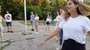 Девчонки из Тольятти танцуют перед Лешей Доком