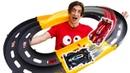 Видео распаковка для мальчиков ТОБОТЫ собирают ТРЕК для состязаний! Крутые игры в игрушки