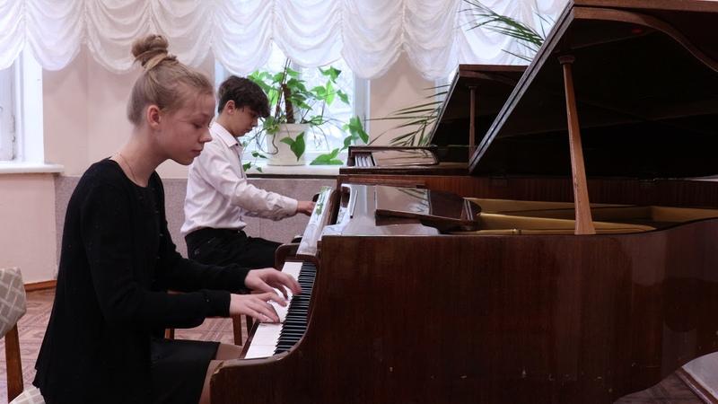 Моцарт Соната для 2х фортепиано Соль мажор исполняют Топчи Сулейман и Павленко Таисия