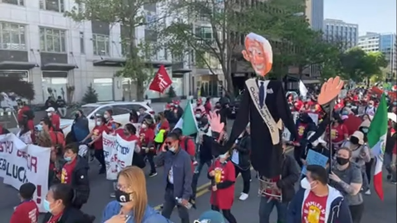 LIVE Large Protest Descends on the White House