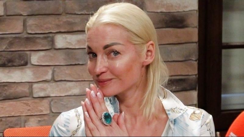 Что втайне ото всех ест балерина Анастасия Волочкова