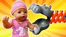 Видео куклы - БЕБИ БОН и игра Хваталка! - Смешное видео для девочек. Дочки Матери с Baby Born