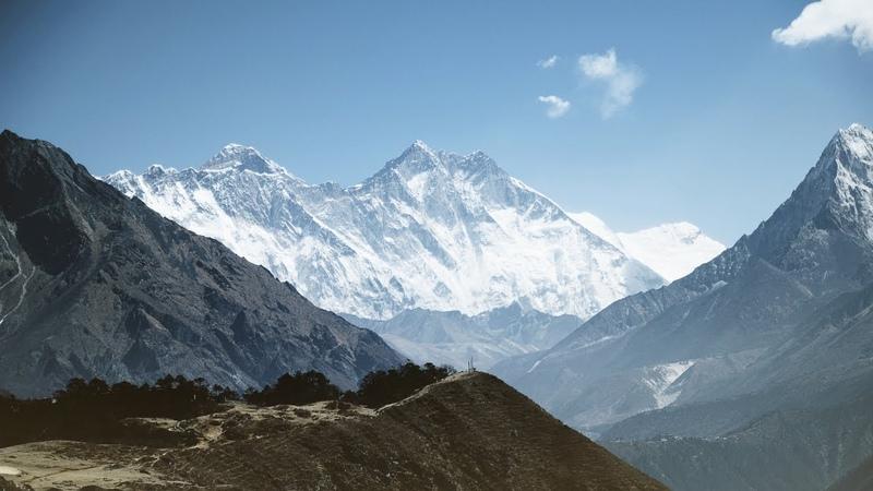 Непал и Гималаи с высоты 6000 м HD